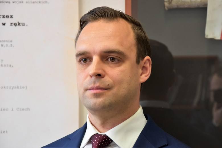 Dr Tomasz Greniuch został p.o. dyrektora oddziału IPN we Wrocławiu na początku lutego. Od tego czasu sprawa ciągle budzi kontrowersje.