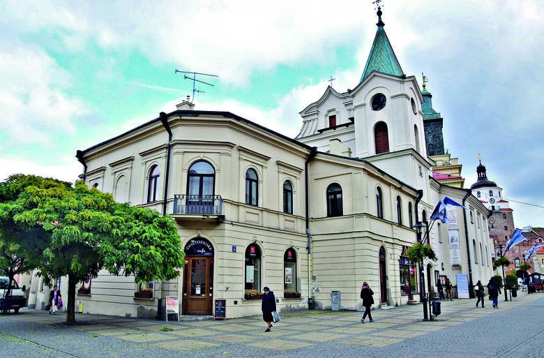 Zabudowania pojezuickie w Lublinie, czyli miejsce gdzie przyszły pisarz chodził do szkoły realnej.