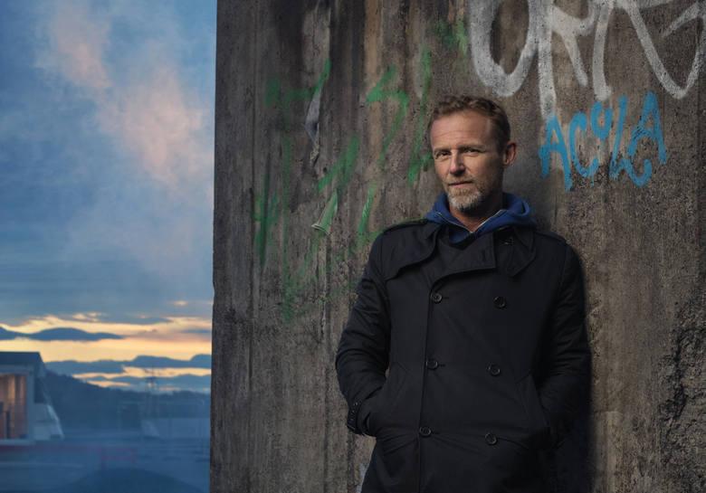 Jo Nesbø: Fascynuje mnie walka dobra ze złem. Mój Harry jest myśliwym, który chce wygrać WIDEO