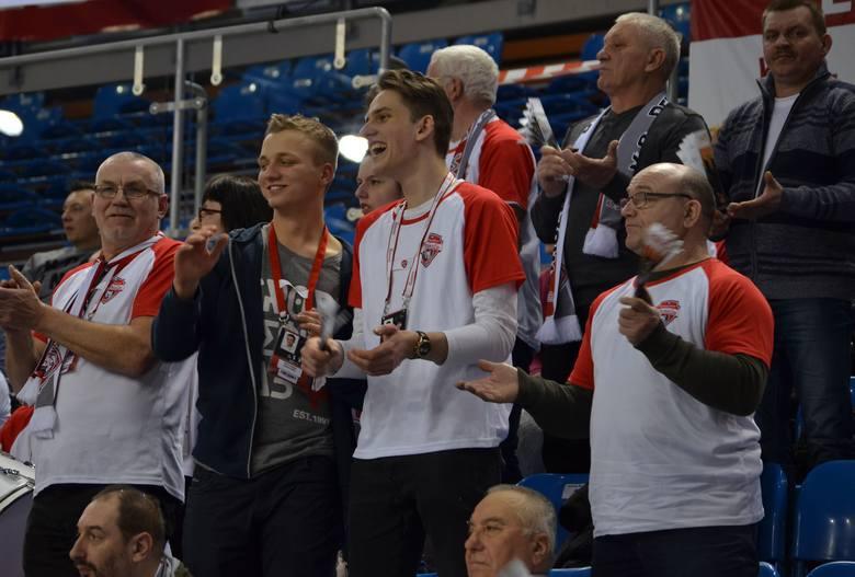 Developres Rzeszów pokonał u siebie 3:2 Chemik Police w 22 kolejce Ligi Siatkówki Kobiet. Spotkanie oglądało około 1500 widzów.ZOBACZ TAKŻE - Monika