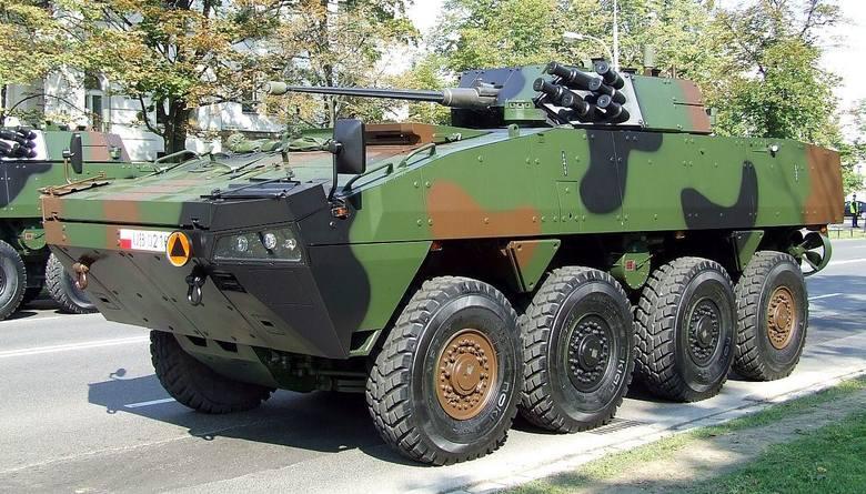 kołowe transportery opancerzone RosomakProdukowane w oparciu licencji fińskiej firmy Patria w Wojskowych Zakładach Mechanicznych w Siemianowicach Śląskich