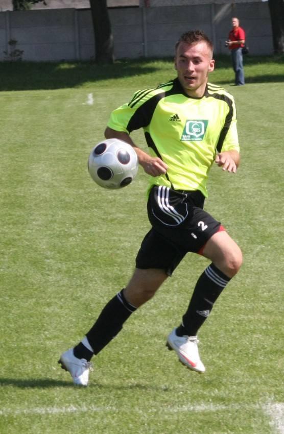 Łukasz Janczarek zdobył dwa gole dla drużyny z Leśnicy