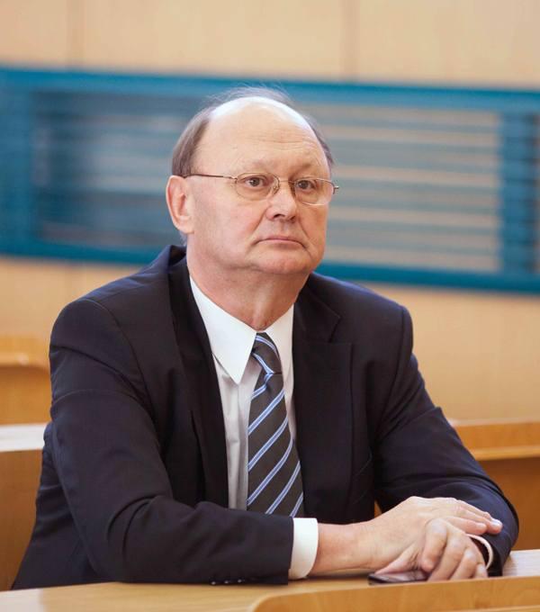 Prof. Włodzimierz Nykiel został ponownie wybrany na stanowisko rektora UŁ.