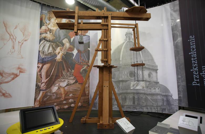 """""""Leonardo da Vinci - Energia Umysłu"""" w łódzkiej EC1. Trwa montaż [ZDJĘCIA]"""