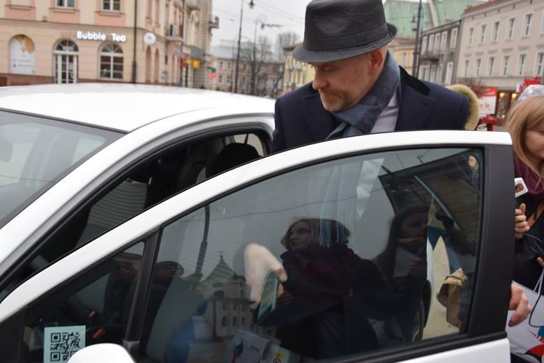 Hybrydowe samochody można wynajmować na minuty. Nowa usługa w Lublinie