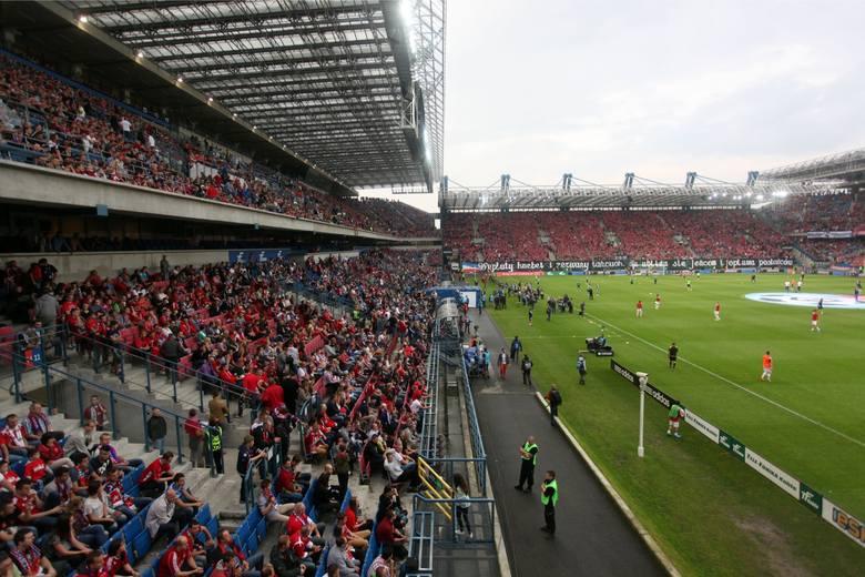 Wisła Kraków pod względem frekwencji zajęła drugie miejsce ze średnią 15 871 widzów na mecz ekstraklasy.