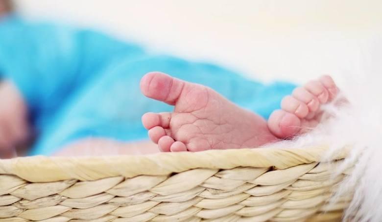 Matki, które oddały dziecko do adopcji. Kim są? Dlaczego zdecydowały się na taki krok?