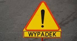 Wypadek pod Białobrzegami. Zderzyły się dwa samochody osobowe, nie było rannych osób