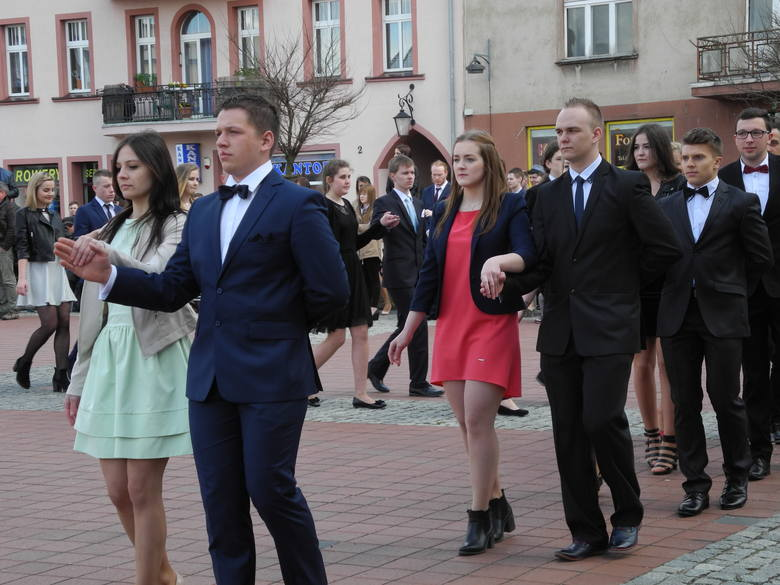 64ccda58 Polonez na rynku w Bytowie (zdjęcia, wideo) - gp24.pl