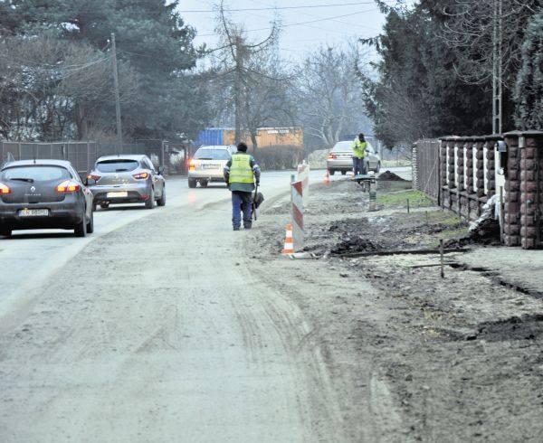 Stan ulicy Lubockiej jest fatalny. Mimo że trwa tam remont, mieszkańcy nie widzą postępu prac. Urzędnicy wręcz przeciwnie