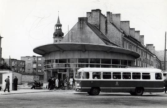 W 1966 roku odbyło się otwarcie dworca PKS w Sulechowie