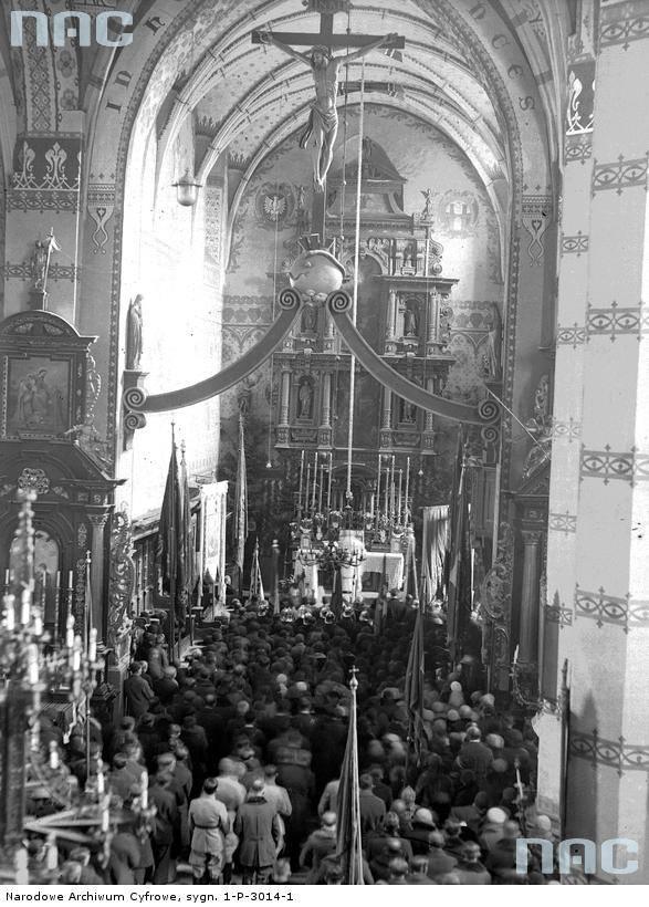 Uroczysta Msza Św. w Bazylice Św. Andrzeja Apostoła z okazji obchodów Święta Niepodległości w Olkuszu