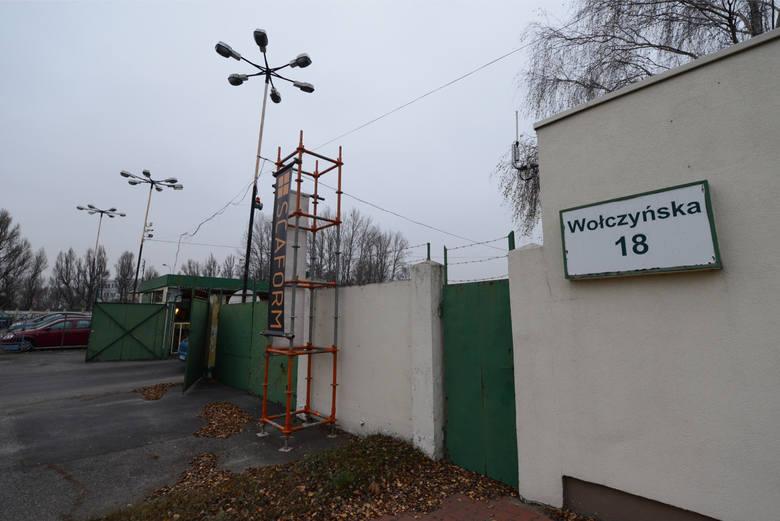 Dawna siedziba firmy Elektromis przy ul. Wołczyńskiej w Poznaniu. Według zeznań niektórych świadków, tutaj miał trafić po porwaniu Jarosław Ziętara. Był bity, a potem miał zostać zamordowany.
