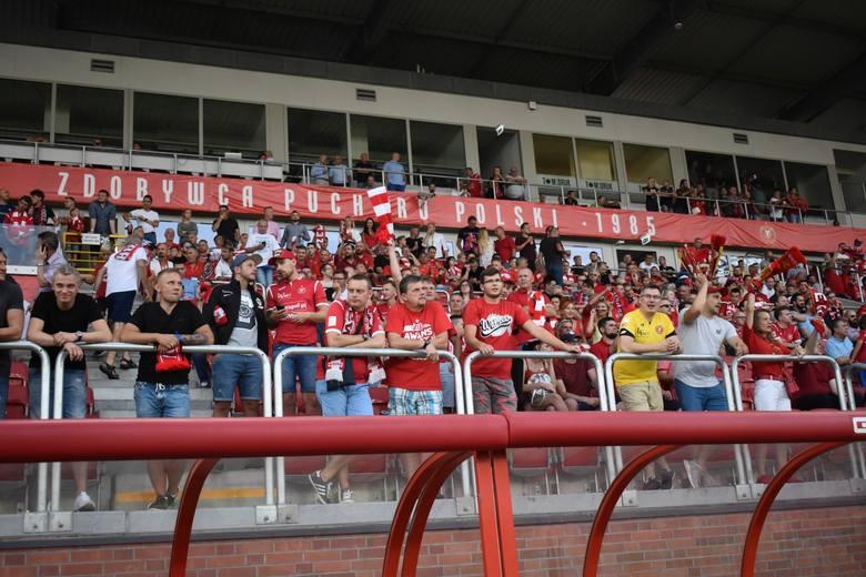 Mecz Widzew Łódź - Stal Rzeszów oglądało prawie 17 tysięcy kibiców. Zobaczcie zdjęcia trybun.Czytaj też: 2 liga. Stal Rzeszów nie sprostała na wyjeździe