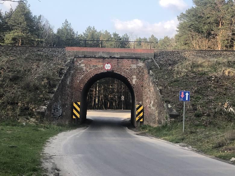 Stary wiadukt kolejowy na ulicy Foluszowej w Zielonej Górze