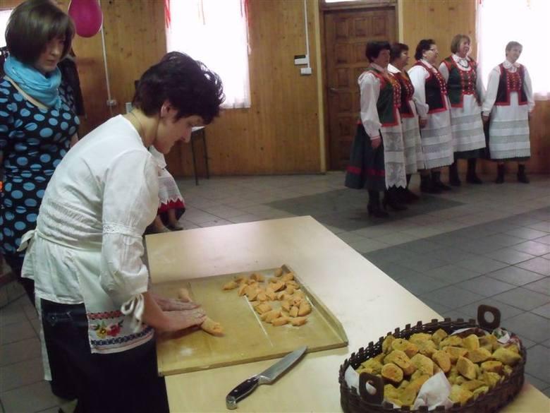 Fafernuchy piekły panie z Koła Gospodyń Wiejskich w Golance w gminie Kadzidło