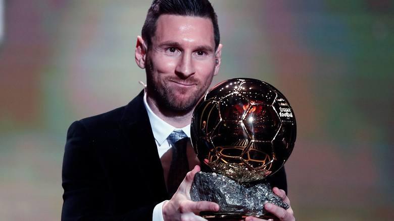 Podczas poniedziałkowej gali Lionel Messi po raz szósty odebrał Złotą Piłkę dla najlepszego piłkarza roku. Ósme miejsce w tym plebiscycie zajął Robert