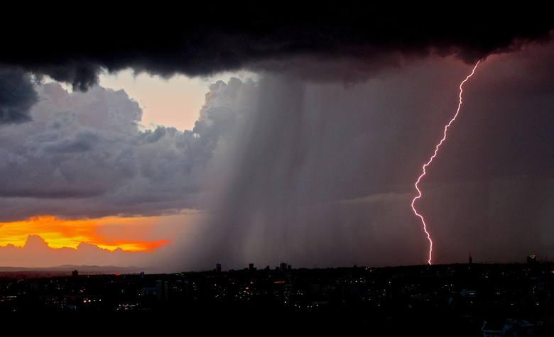 Jak prognozuje Instytut Meteorologii i Gospodarki Wodnej Państwowy Instytut Badawczy w Poznaniu, we wtorek nad woj. lubuskim mogą przejść burze z intensywnymi