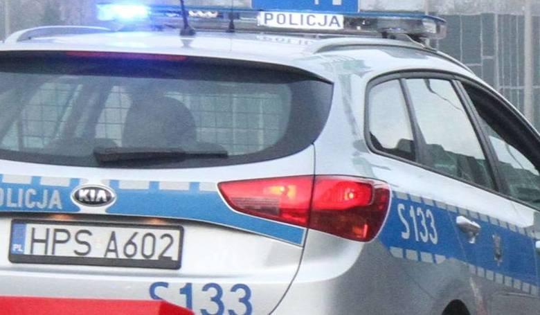 Gmina Chynów. 57-latek włamał się do domku letniskowego, wypił alkohol i... zasnął. Grozi mu nawet dziesięć lat więzienia