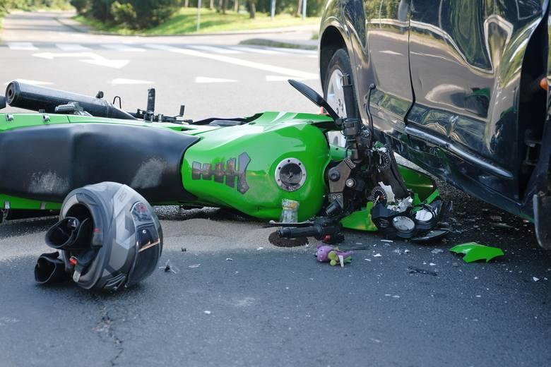 Do zdarzenia doszło w środę rano na ul. Monte Cassino w Przemyślu.- Kierująca chryslerem, 50-letnia kobieta wyjeżdżając z parkingu nie ustąpiła pierwszeństwa