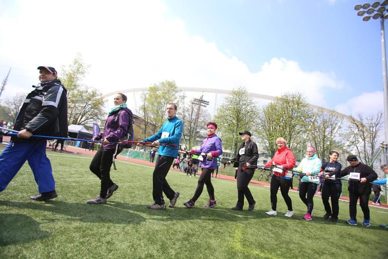 29.04.2017 rok. Marsz Nordic Walking przy Stadionie Śląskim.