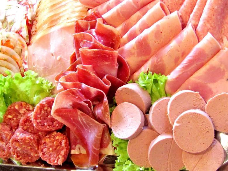 Chętniej kupujemy żywność, która apetycznie wygląda i chociażby nazwą nawiązuje do tradycji, tego co naturalne, polskie, wiejskie i sielskie. Wiedzą