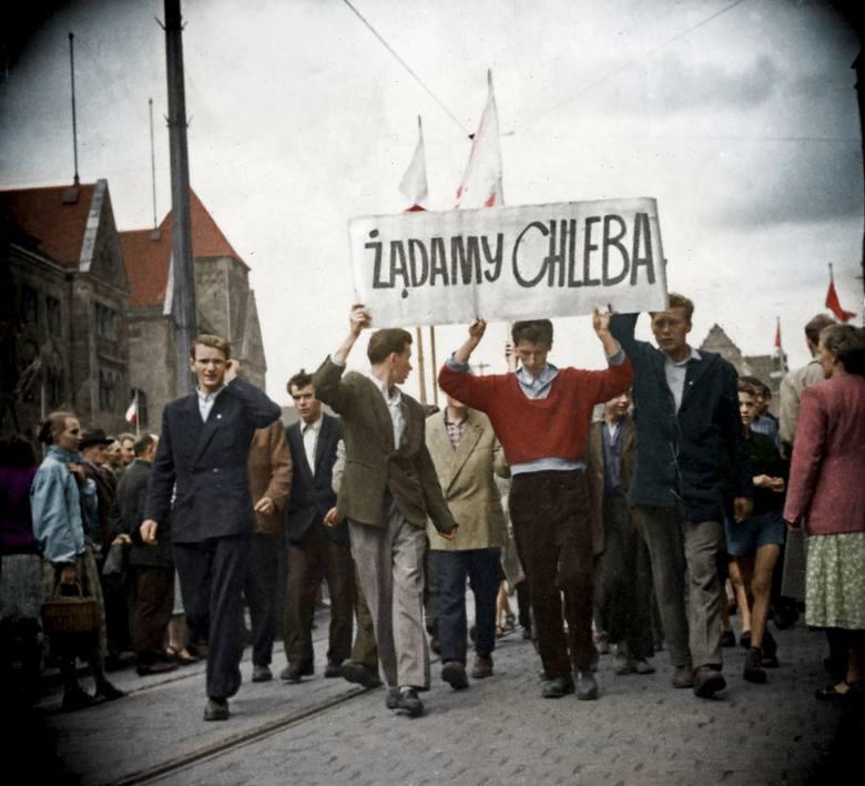 Kazimierz K. pochodzi z Tymbarku i od 1952 r. pracował w kopalni Siersza na Śląsku najpierw jako uczeń szkoły górniczej, potem jako górnik. Mieszkał w Trzebini w hotelu robotniczym, gdy w Czerwcu 1956 roku w Poznaniu wybuchły protesty o godne warunki pracy i godne traktowanie ludzi utożsamiał się...