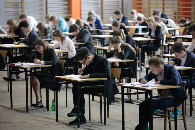 W środę rozpocznie się tegoroczny egzamin gimnazjalny. Na pierwszy ogień pójdą przedmioty humanistyczne.Z języka polskiego odpowiadacie na pytania zamknięte