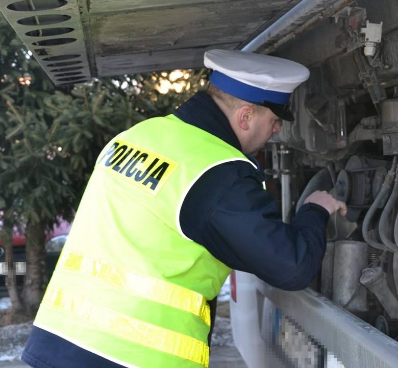 Nowy Sącz. Poproś policję o skontrolowanie autokaru, który dziecko wyjedzie na ferie zimowe
