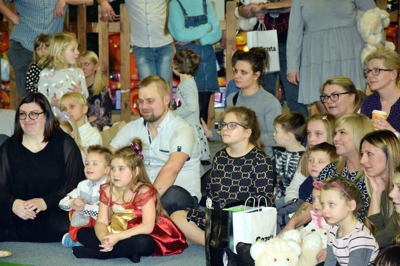 Świąteczne Gwiazdeczki - rozdanie nagród! Zobacz zdjęcia z balu karnawałowego