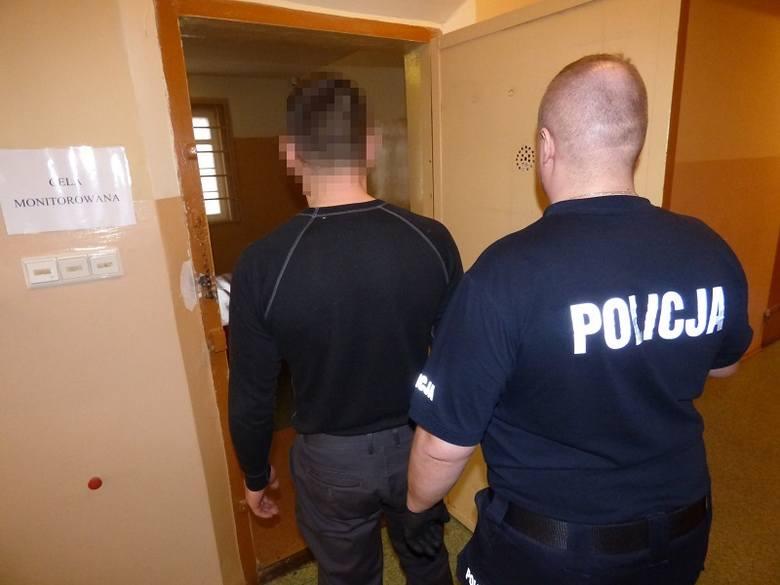 Policja zatrzymała 40-latka.