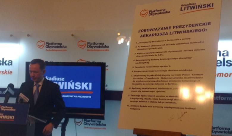 Arkadiusz Litwiński prezentuje swoje zobowiązania.