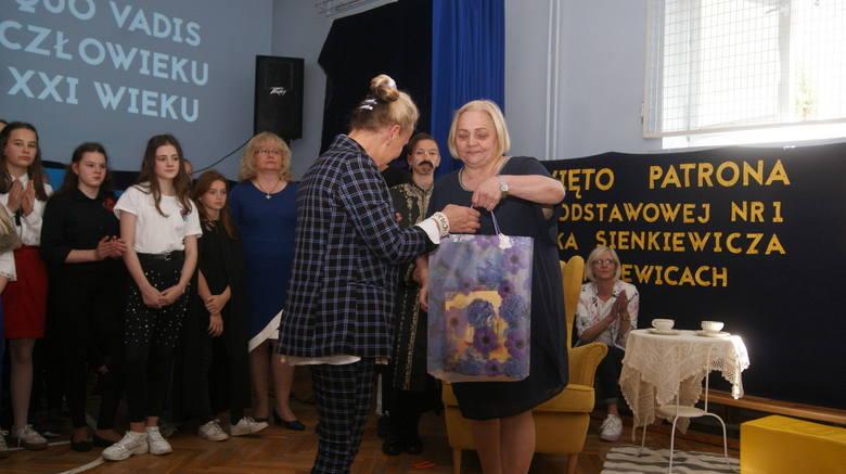 Dzień patrona w Szkole Podstawowej nr 1 w Skierniewicach [ZDJĘCIA, FILM]