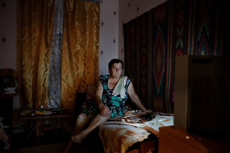 Fotoreportaż - II miejsce w kategorii ŻYCIE CODZIENNEUkraina. Życie codzienne mieszkańców zamkniętej strefy Czarnobyla i okolic. Szacuje się, że w wioskach