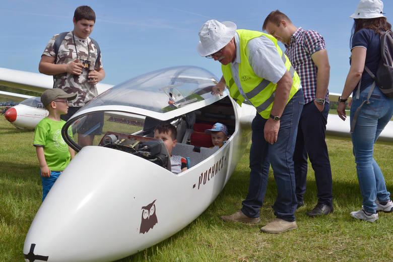 W niedzielę 2 czerwca na lotnisku aeroklubu w podsłupskiej Krępie odbył się piknik lotniczy. Impreza połączona była z obchodami dnia dziecka oraz akcją