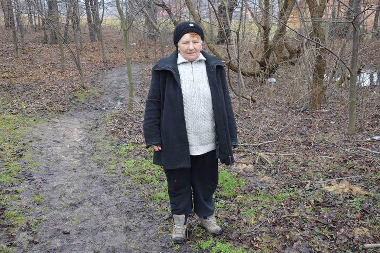 d065ad3357e2f3 Anna Maciaś z Tworkowej znalazła sąsiadkę na ścieżce prowadzącej do jej domu.  Była pierwszą osobą