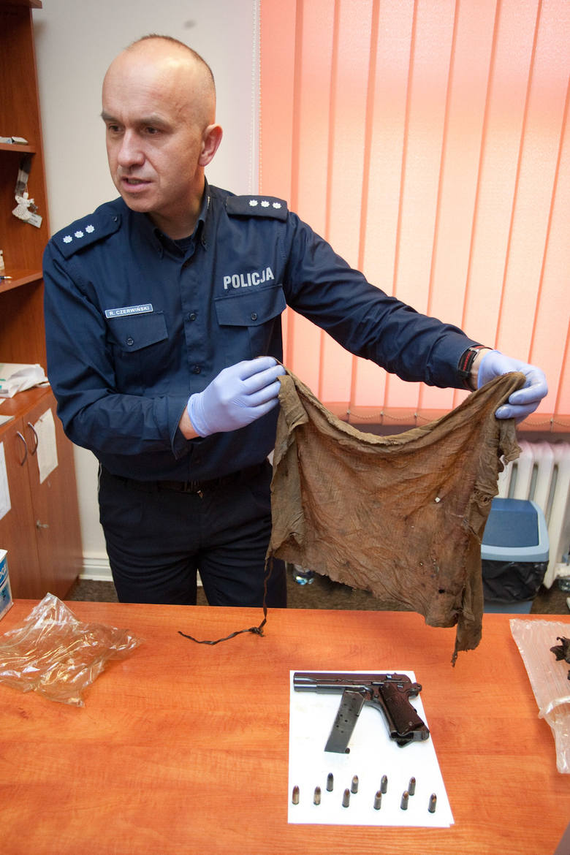 VIS i mauser z policji trafią do muzeum.