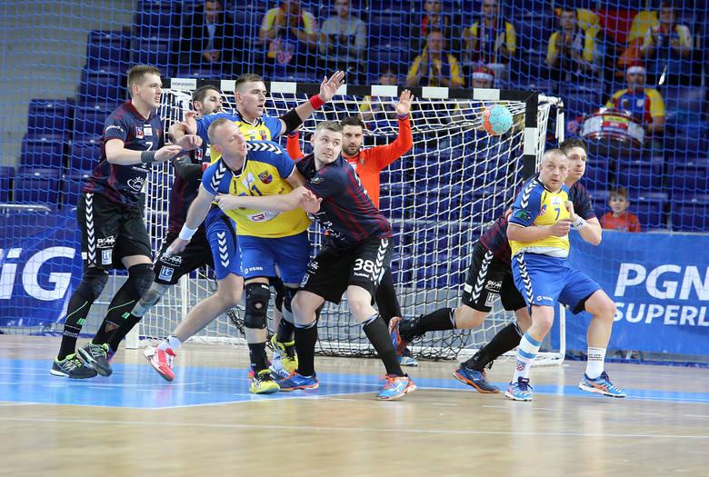 Portowcom w niedzielnym meczu z Chrobrym nie szło w obronie, ale przede wszystkim w ataku. Pudłowali na potęgę i przegrali 25:28.