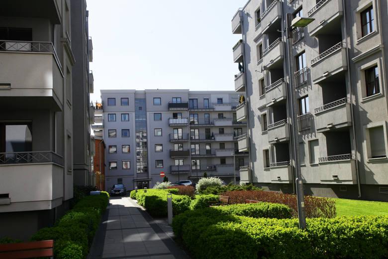Które miasta i gminy cieszyły się największą popularnością na Dolnym Śląsku? Oto 15 miejsc, gdzie najchętniej przeprowadzali się mieszkańcy naszego regionu.Co