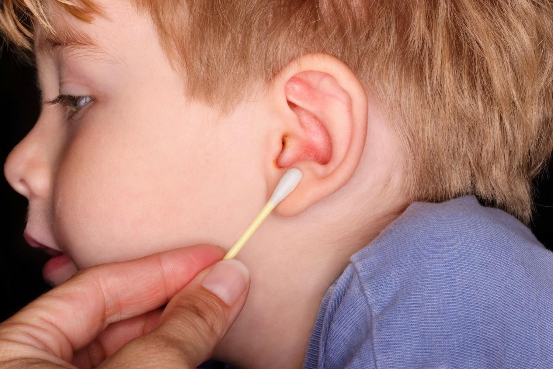 У ребенка стреляют уши что делать в домашних условиях 342