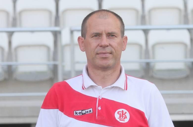 Marek Chojnacki przejął trzecioligowy ŁKS 1 stycznia 2015 roku, a 3 grudnia działacze klubu podjęli w końcu decyzję o zakończeniu współpracy z duetem