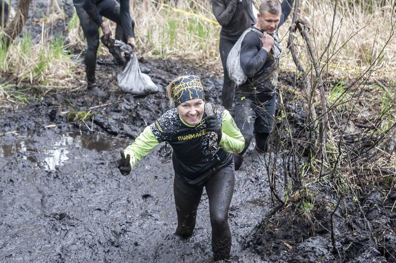 Runmageddon w Poznaniu, czyli dwa dni z ekstremalnymi biegami na Hipodromie Wola Kliknij tutaj lub przesuń zdjęcie --->