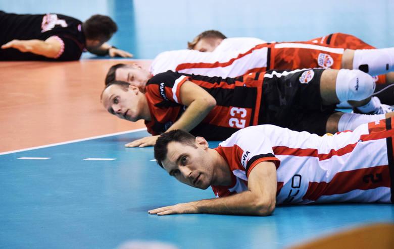 W Krośnie rozgrywany jest XII Turniej o Puchar Prezydenta Miasta. Asseco Resovia Rzeszów wygrała z MKS Będzin 3:2 (32:30, 22:25, 20:25, 25:17, 20:18).