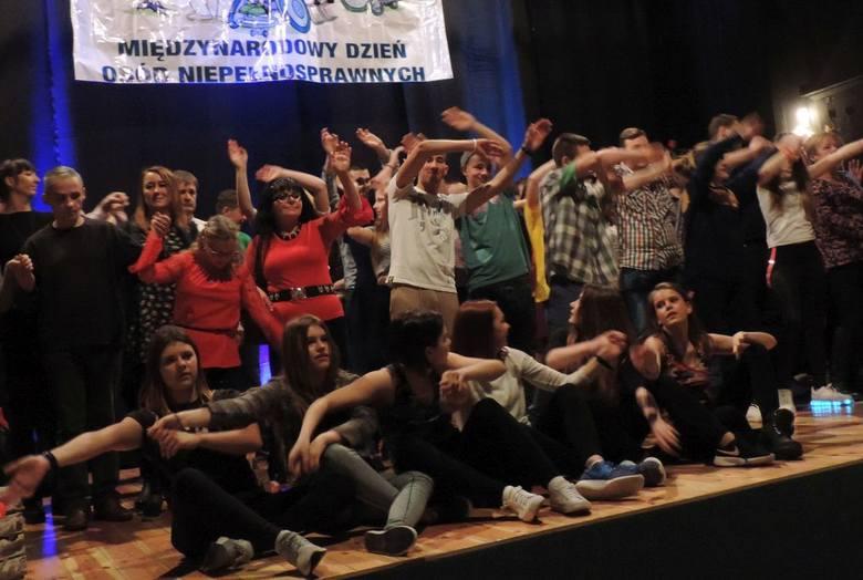 Międzynarodowy Dzień Osób Niepełnosprawnych w Mogilnie [zdjęcia]