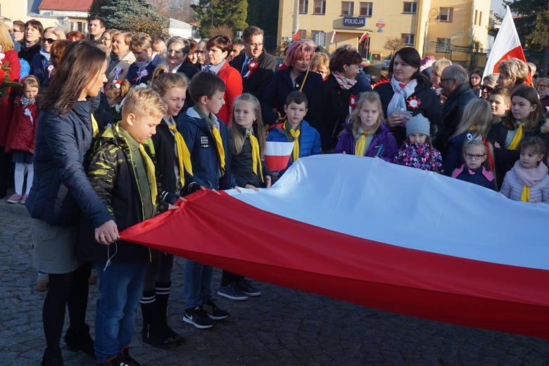 W niedzielę Ożarów celebrował Narodowe Święto Niepodległości. Zobacz zdjęcia.