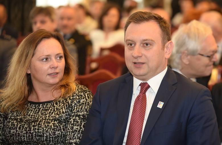 """Nagrody Miasta Łodzi oraz Odznaki """"Za Zasługi dla Miasta Łodzi"""" - w maju 2017 roku"""
