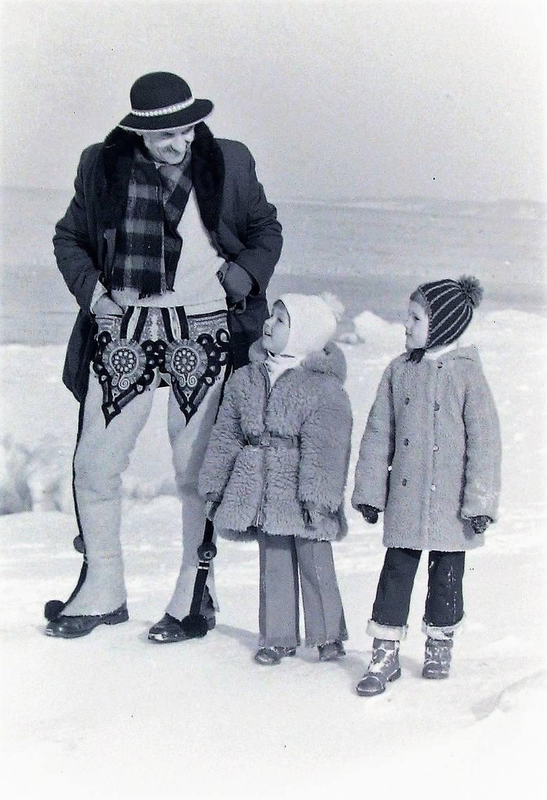 Rzadki to obrazek w Ustce wszak zima zazwyczaj jest w górach.