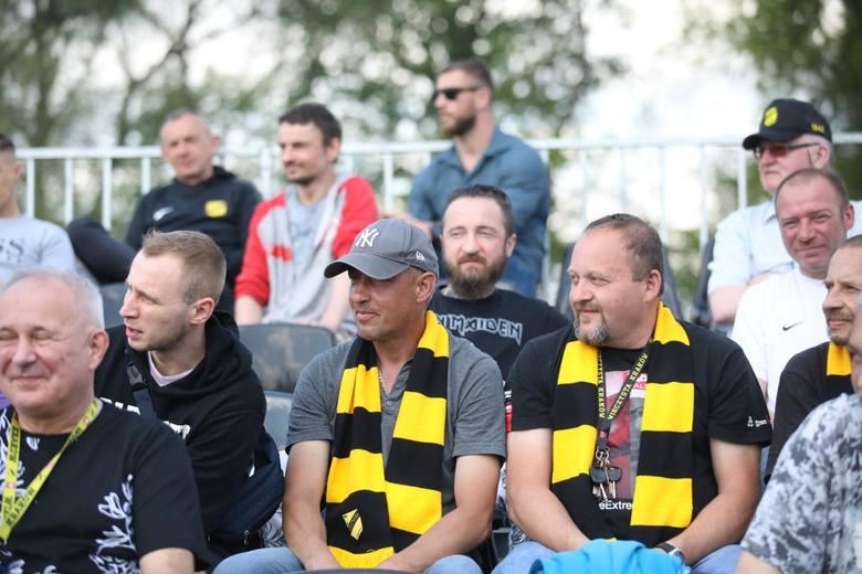 Grę Sławomira Peszki i spółki mogli w końcu oglądać na żywo kibice, którzy zostali wpuszczeni na trybuny stadionu przy ul. Chałupnika. Wieczysta wygrała