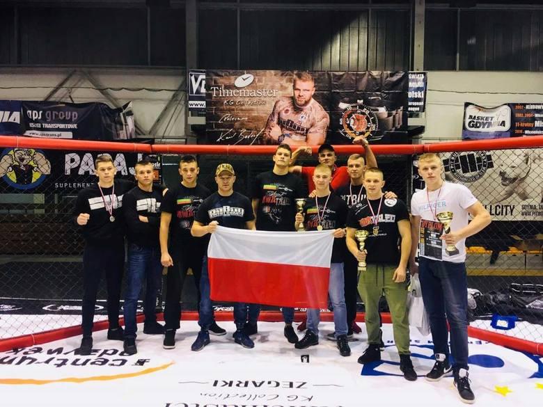6 medali zawodników MMAtaleo