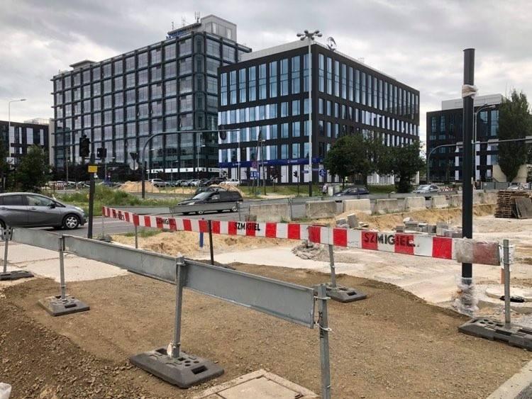 Dodatkową motywacją do protestów jest planowany remont skrzyżowania ul. Kopcińskiego i Narutowicza, który zdaniem kierowców przy jednoczesnym remoncie
